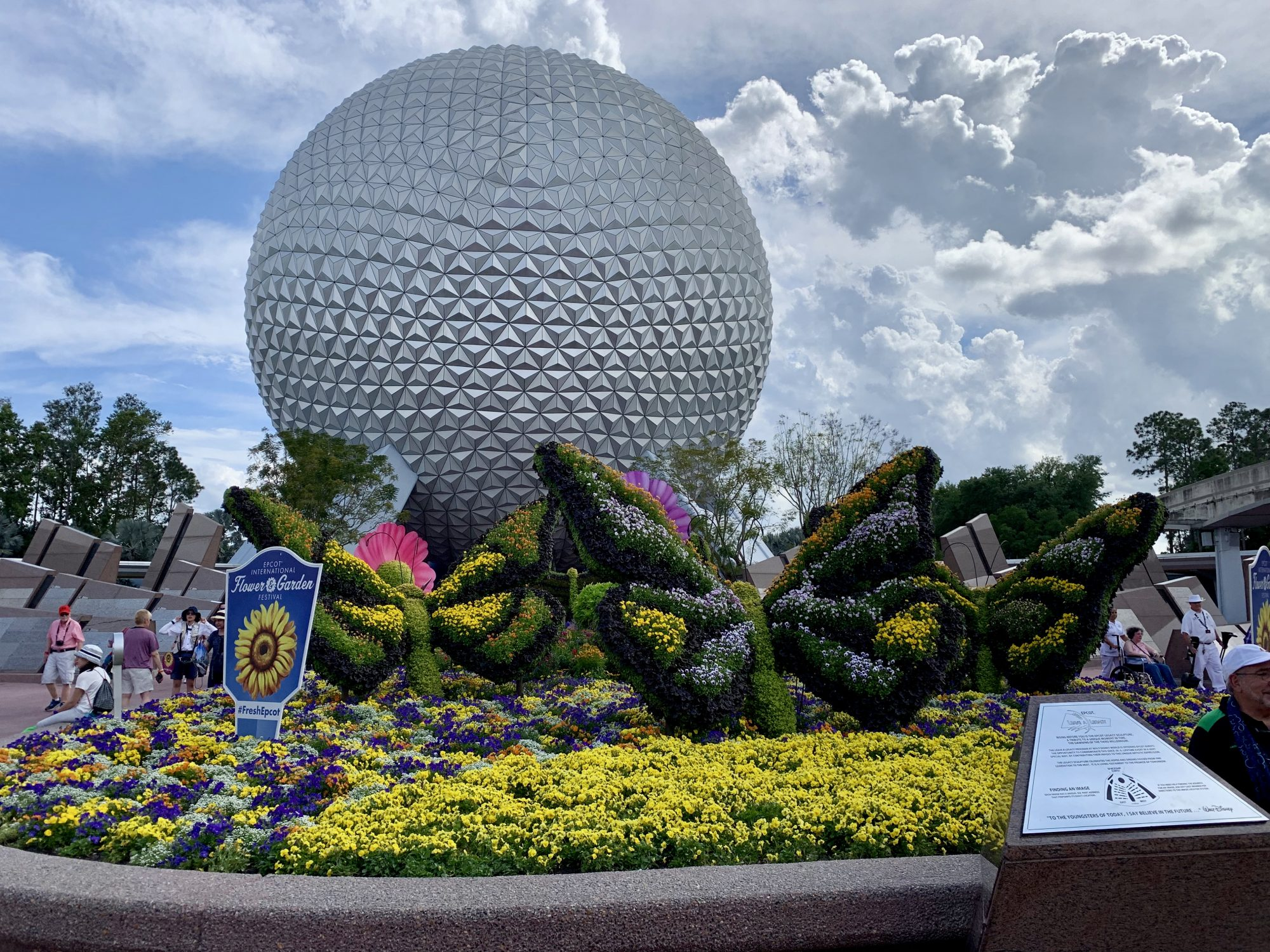 Experience at the Expense of Usability: 5 UX Lessons from Disney World | UX Booth