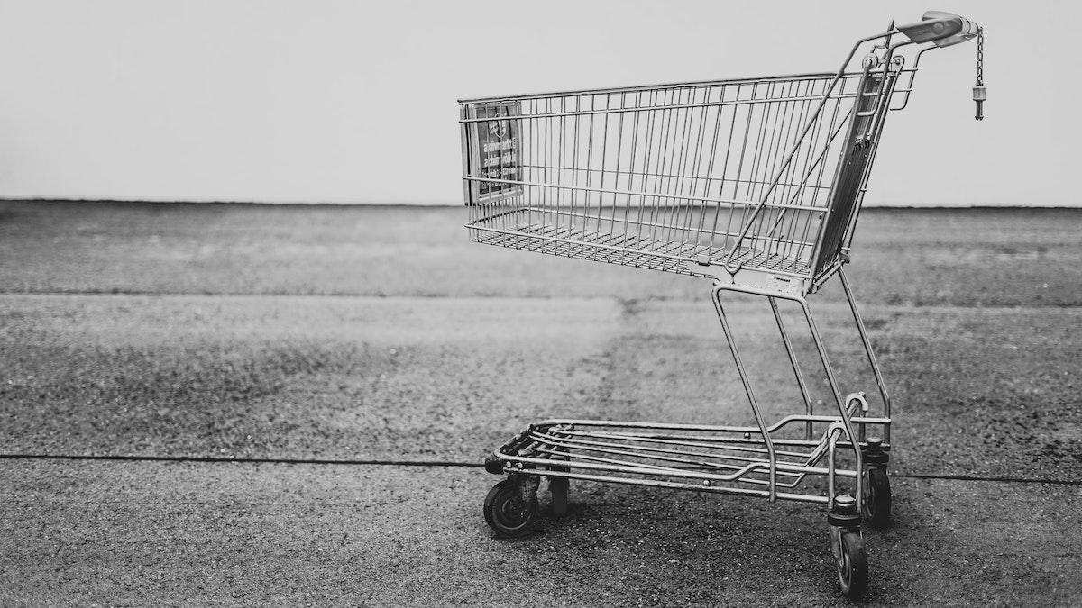 Carro de compras vacío físico